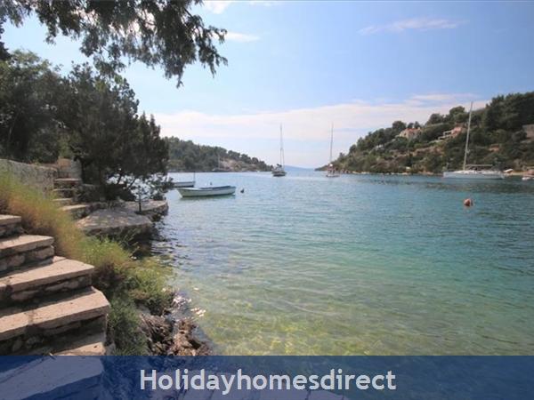 2 Bedroom Seaside Villa With Pool On Brac Island, (bc011): Image 9