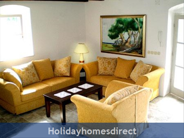 3 Bedroom Stone House With Pool In Mirca On Brac Island (bc027): Image 6