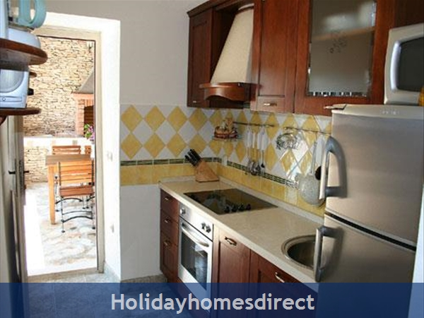 3 Bedroom Stone House With Pool In Mirca On Brac Island (bc027): Image 4