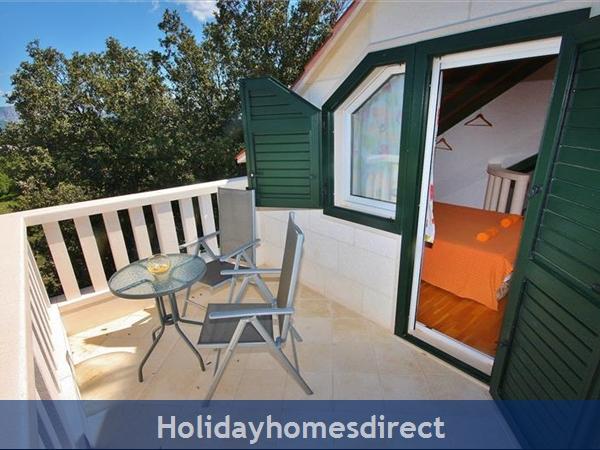 Two Bedroom Villa With Pool And Sea Views On Brac Island, Sleep 4-6 (bc055): Image 23