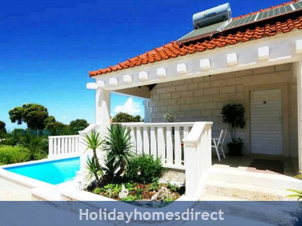 Two Bedroom Villa with Pool and Sea Views on Brac Island, sleep 4-6 (BC055)