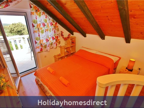 Two Bedroom Villa With Pool And Sea Views On Brac Island, Sleep 4-6 (bc055): Image 5