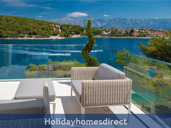 Spectacular 4 Bedroom Luxury Villa With Infinity Pool On Brac Island, Sleeps 8 (bc068): Image 5
