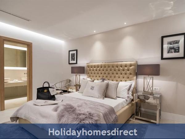 Spectacular 4 Bedroom Luxury Villa With Infinity Pool On Brac Island, Sleeps 8 (bc068): Image 17