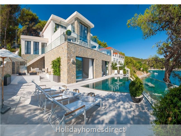 Spectacular 4 Bedroom Luxury Villa With Infinity Pool On Brac Island, Sleeps 8 (bc068): Image 2