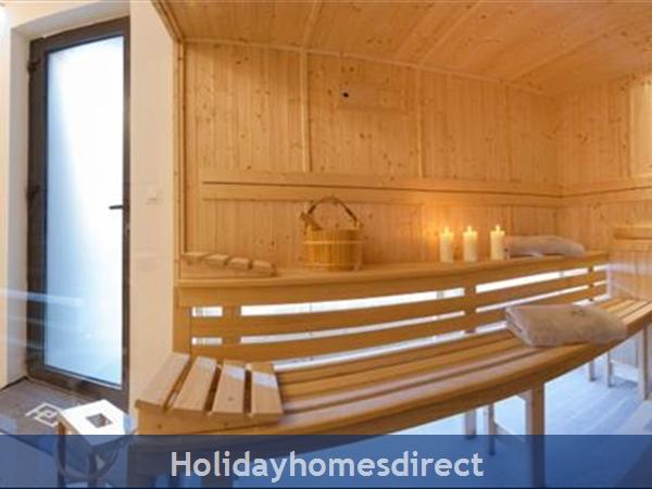 Spectacular 4 Bedroom Luxury Villa With Infinity Pool On Brac Island, Sleeps 8 (bc068): Image 20