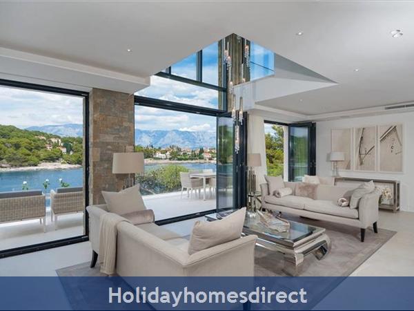 Spectacular 4 Bedroom Luxury Villa With Infinity Pool On Brac Island, Sleeps 8 (bc068): Image 11