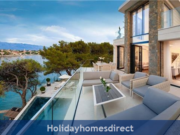 Spectacular 4 Bedroom Luxury Villa With Infinity Pool On Brac Island, Sleeps 8 (bc068): Image 6