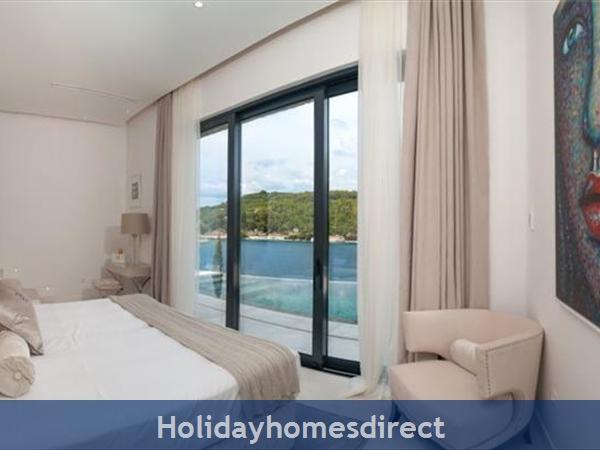Spectacular 4 Bedroom Luxury Villa With Infinity Pool On Brac Island, Sleeps 8 (bc068): Image 16