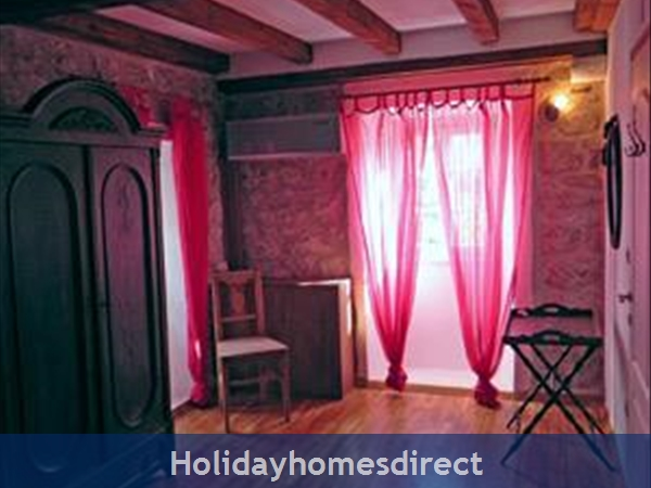 4 Bedroom Villa In Cavtat Near Dubrovnik, Sleeps 8 (du002): Image 5