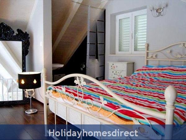 Five Bedroom Villa With Pool In Orasac Near Dubrovnik (du083c): Image 9