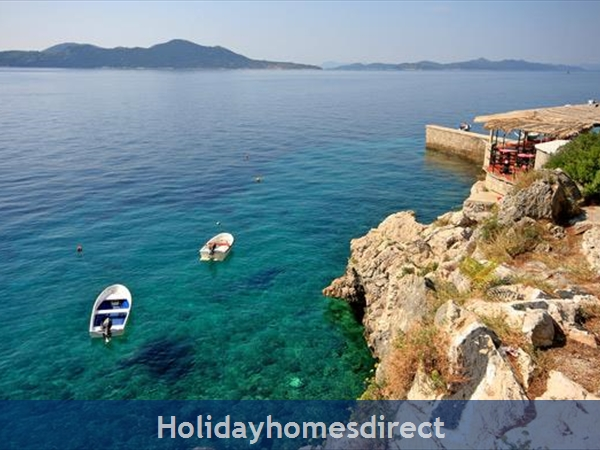 Five Bedroom Villa With Pool In Orasac Near Dubrovnik (du083c): Image 3