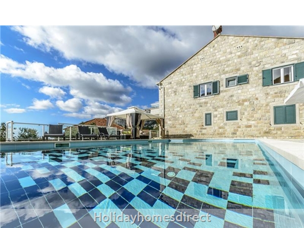 6 Bedroom Villa With Pool In Konavle Valley, Near Dubrovnik - Sleeps 12 (du130): Image 4