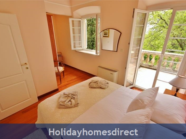 Spacious 4 Bedroom Villa With Heated Pool In Cilipi, Sleeps 8 (du150): Image 7