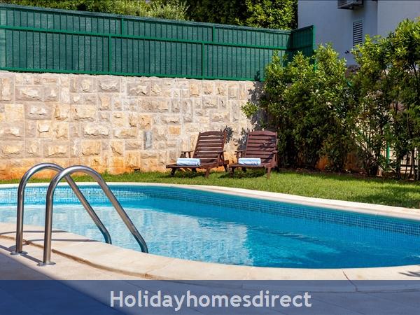 Villa Dane, Hvar – 4 Bedroom Villa With Pool: Image 5