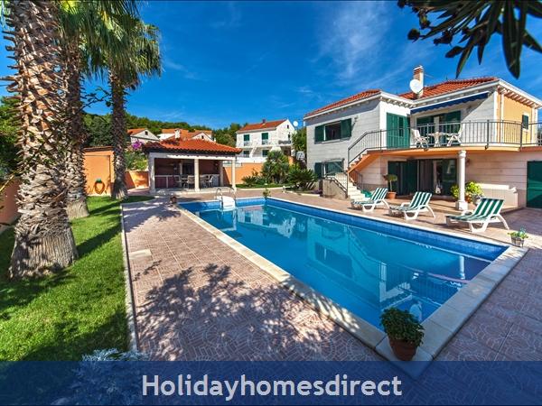Villa Rasotica, Sumartin, Brac Island – 3 Bedroom Villa With Pool: Image 2