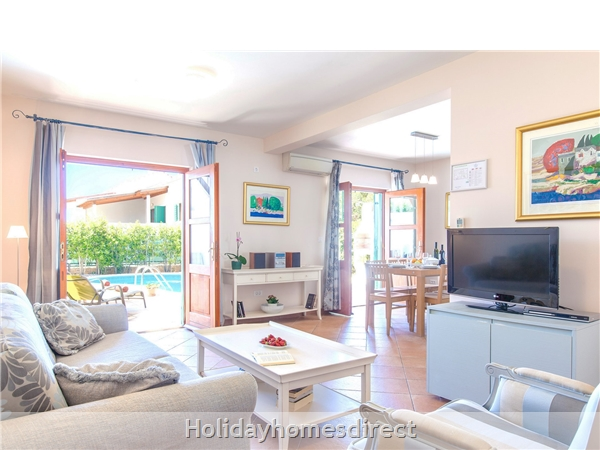 Villa Cvita, Hvar – 4 Bedroom Villa With Pool: Image 4