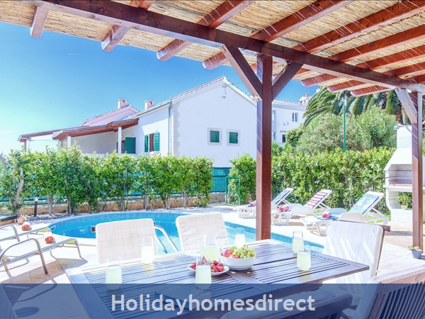 Villa Cvita, Hvar – 4 Bedroom Villa With Pool: Image 3