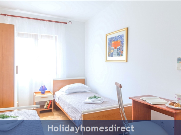 Villa Mare, Hvar – 4 Bedroom Villa With Poo: Image 10