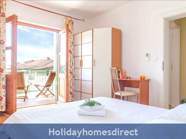 Villa Mare, Hvar – 4 Bedroom Villa With Poo: Image 8