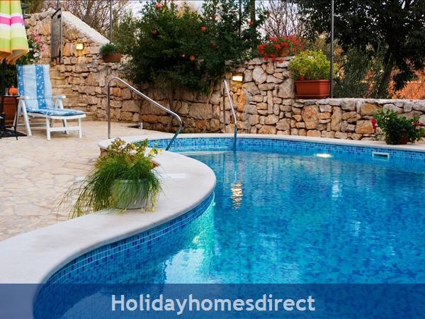 Villa Vicina, Milna, Brac Island – 3 Bedroom Villa With Pool: Image 5