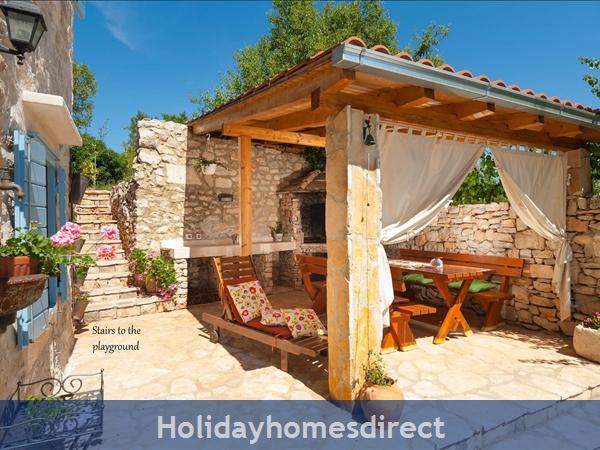 Villa Vicina, Milna, Brac Island – 3 Bedroom Villa With Pool: Image 6