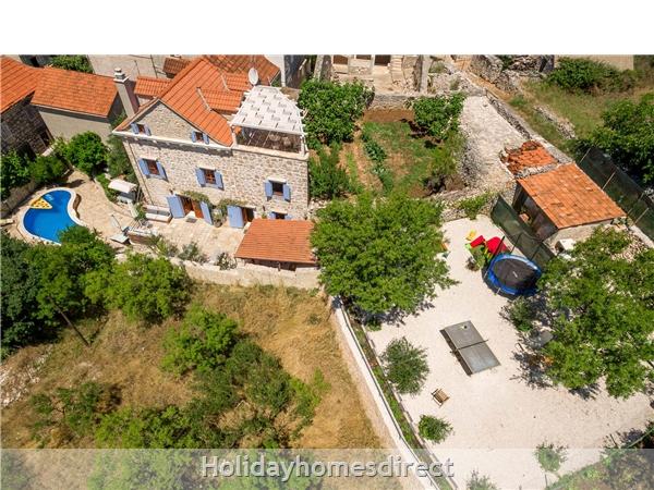 Villa Vicina, Milna, Brac Island – 3 Bedroom Villa With Pool: Image 2