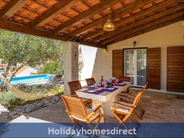 Villa Helena, Milna, Brac Island – 3 Bedroom Villa With Pool: Image 9