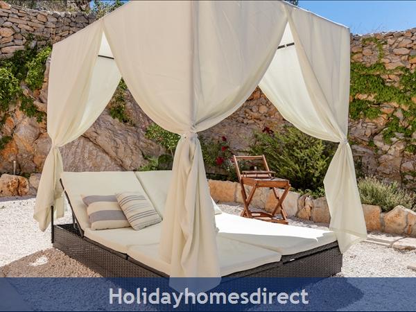 Villa Helena, Milna, Brac Island – 3 Bedroom Villa With Pool: Image 7