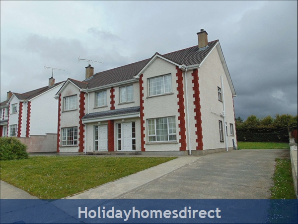 The Hawthorns (ground Floor Apt) 4 Bedroom House Split Into Two Apartments, Ireland