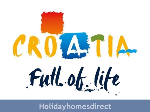 Villa Mermaid, Podstrana – 4 Bedroom Villa With Pool – Near Split: Image 24