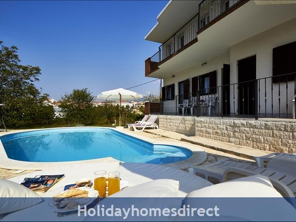Villa Ivana, Split – 4 Bedroom Villa With Pool: Image 2