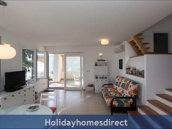 Holiday House Ida, Milna, Brac Island – 3 Bedroom House: Image 8