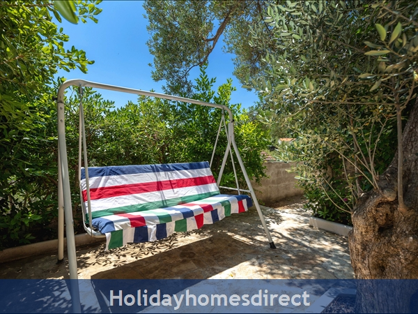 Holiday House Pupa, Sumartin, Brac Island – 3 Bedroom House: Image 7