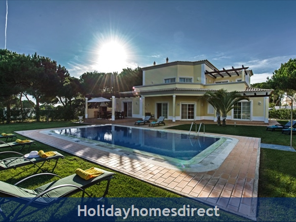 Casa Vila Sol – 4 bedroom holiday villa in Vilamoura Algarve