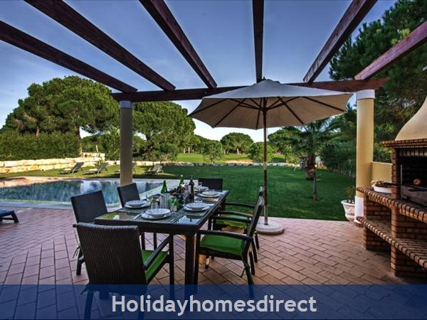Casa Vila Sol – 4 Bedroom Holiday Villa In Vilamoura Algarve: Image 8