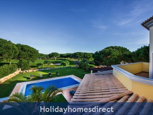 Casa Vila Sol – 4 Bedroom Holiday Villa In Vilamoura Algarve: Image 7
