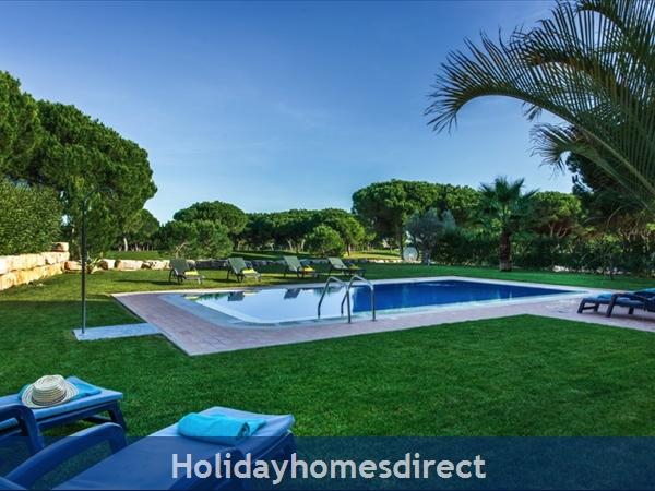 Casa Vila Sol – 4 Bedroom Holiday Villa In Vilamoura Algarve: Image 4