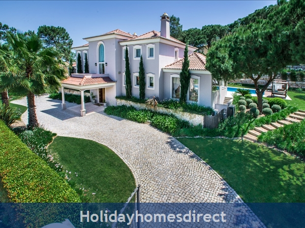 Villa Oasis – 5 bedroom holiday villa in Quinta do Lago Algarve