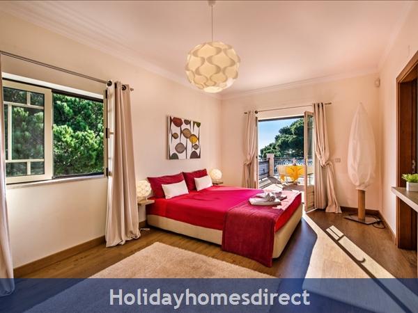 Villa Santa Eulalia – 6 Bedroom Holiday Villa In Albufeira Algarve: Image 21