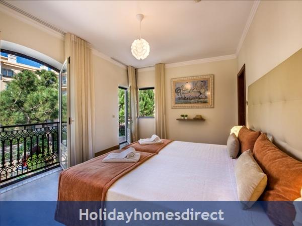 Villa Santa Eulalia – 6 Bedroom Holiday Villa In Albufeira Algarve: Image 22