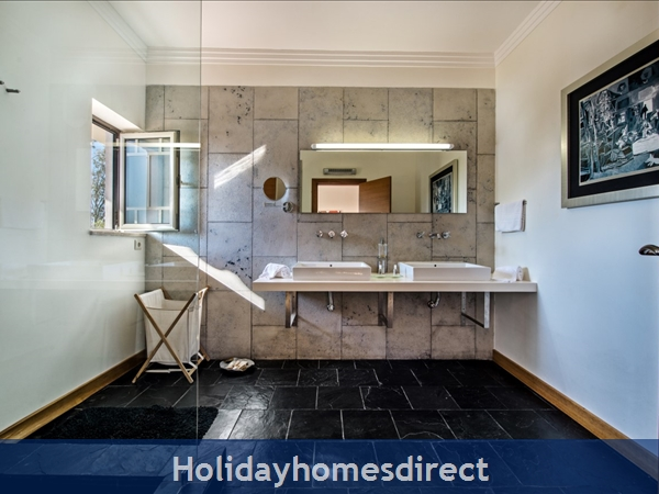 Villa Santa Eulalia – 6 Bedroom Holiday Villa In Albufeira Algarve: Image 23