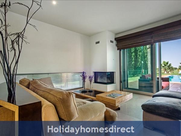 Villa Laguna – 6 Bedroom Holiday Villa In Vilamoura Algarve: Image 7