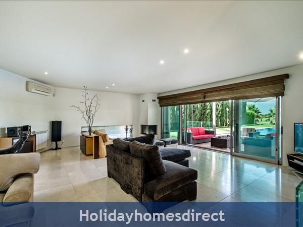 Villa Laguna – 6 Bedroom Holiday Villa In Vilamoura Algarve: Image 5