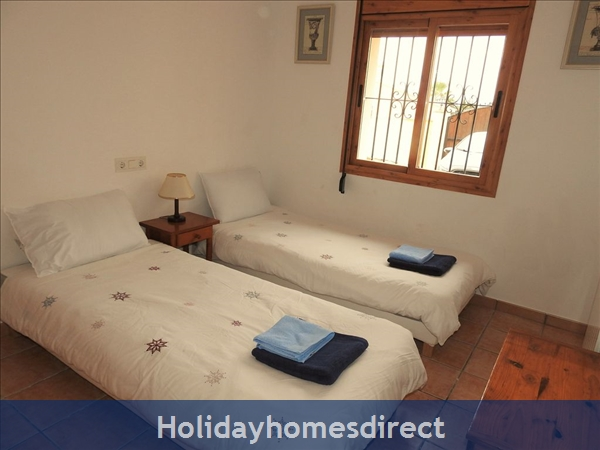 5 Bedroom Villa With Pool In Moraira, Costa Blanca, Spain: Image 8