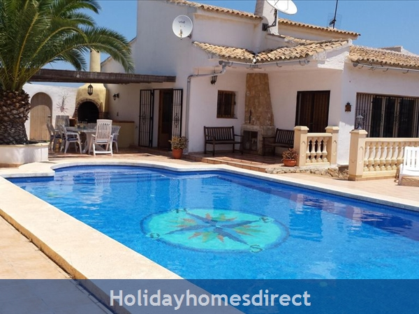 5 Bedroom Villa with Pool in Moraira, Costa Blanca, Spain