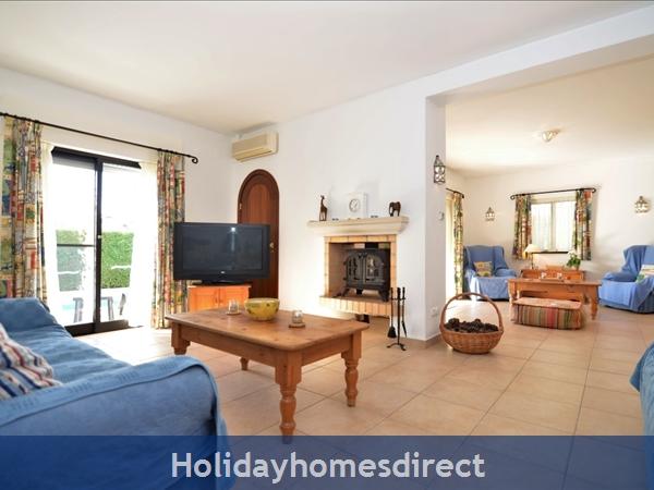 Villa Joy indoor seating area in Portugal