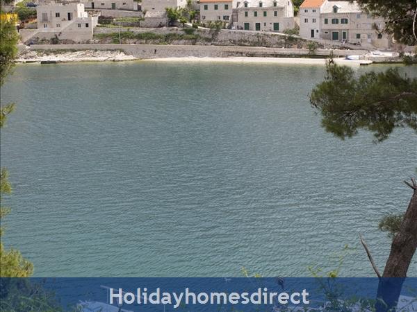 Holiday Home Tea - Island Of Brac: Image 2