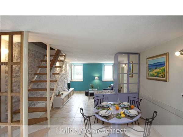 Holiday Home Tea - Island Of Brac: Image 8