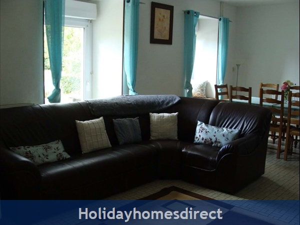 Holiday Homes Brittany With Heated Salt Water Pool: Image 3
